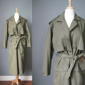 Vintage Army Green Trench Coat Leather Details